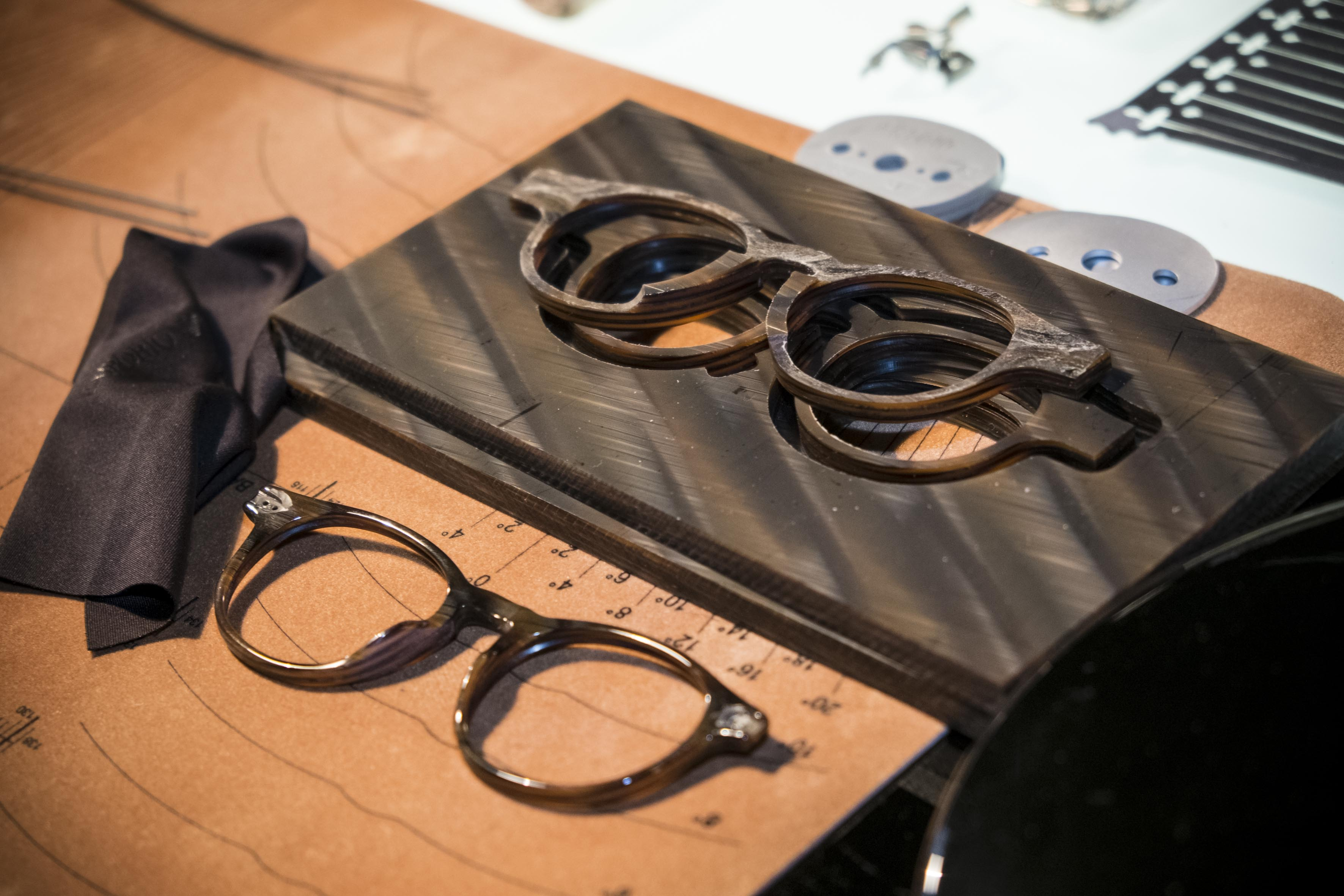 Luxottica e Intel se unen para crear Smart Eyewear-1
