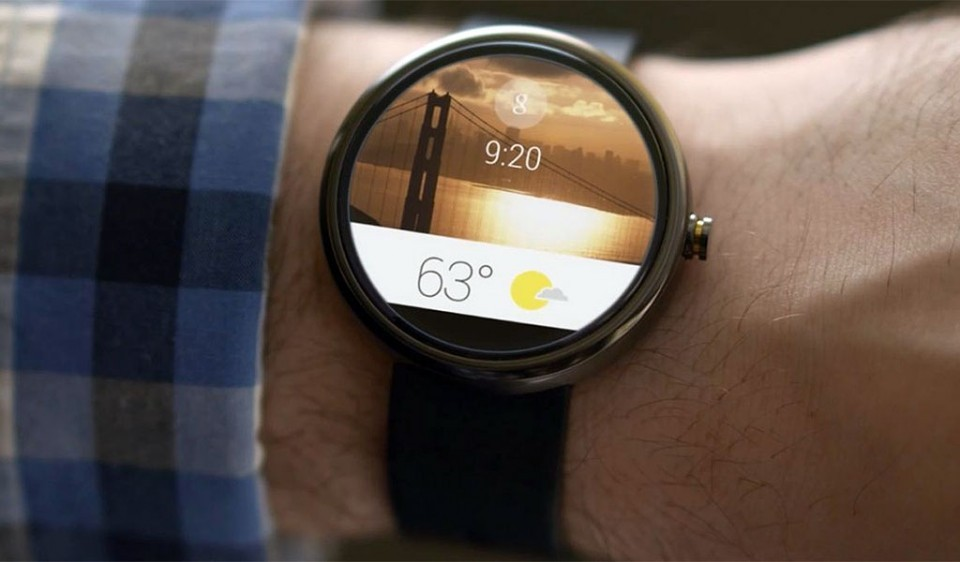 Android Wear 5.1 shows a video with some news