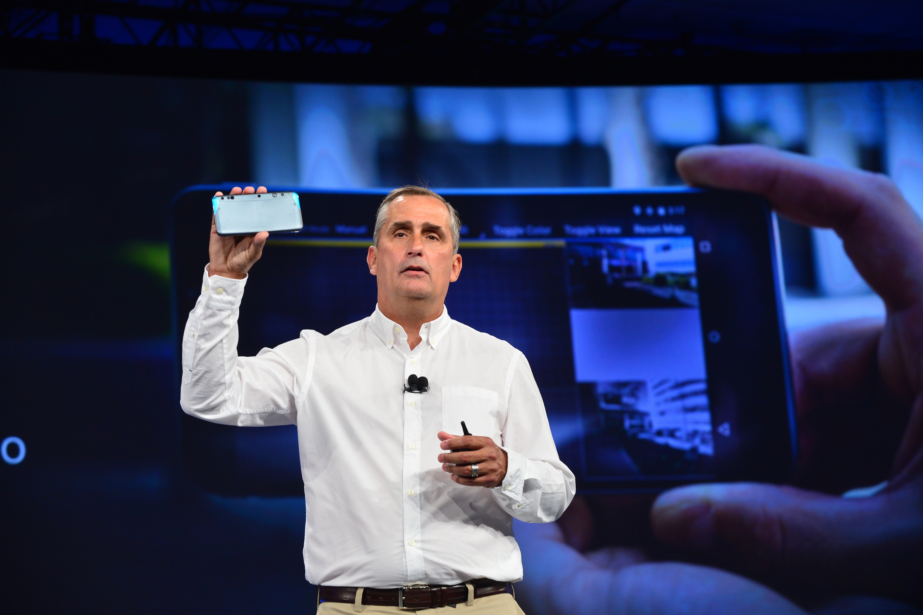 Alphabet and Intel team up to bring the three-dimensionality of Realsense to Android 1