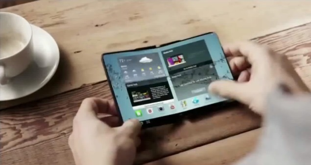 New rumors about the launch of the first foldable smartphone from Samsung in 2017 1